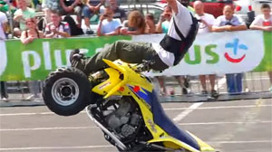 Quad stunt riding, Suzuki LTR 450, Suzuki LTZ 400,  atv freestyle stunts
